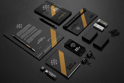 creative-team-designer-choosing-samples-Artworks-2